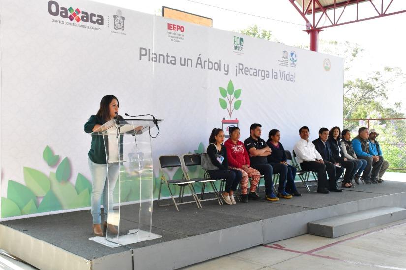 Promueve IEEPO la educación ambiental en alianza con la IP ----.jpeg