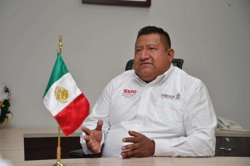 Omar Lara Juárez, titular de la Unidad de Educación Indígena del IEEPO (2)