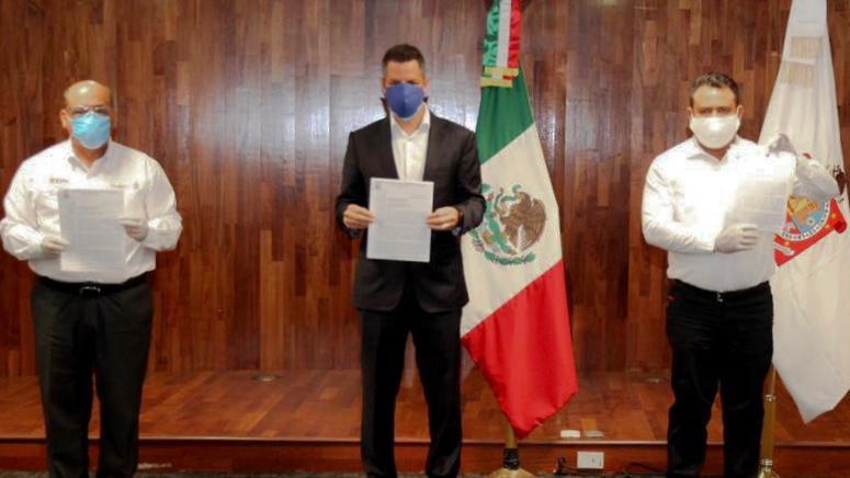 FOTO-Alejandro Murat agradece el compromiso de las y los maestros de Oaxaca (1)